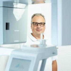 Der VistaVox und sein Besitzer Dr. Kelsch