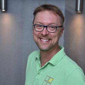 Alphatech Implantatsystem: Bernd Single im Interview